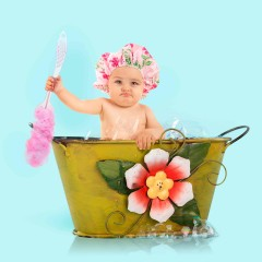 How to bathe a baby